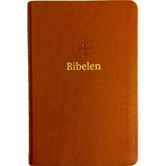 Bibel 2011 - mellomstor utgave i lys brunt skinn